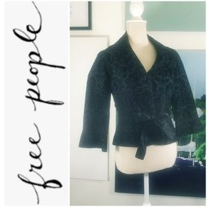 NWOT FREE PEOPLE BLACK RAISED VELVET JACKET/BLZR
